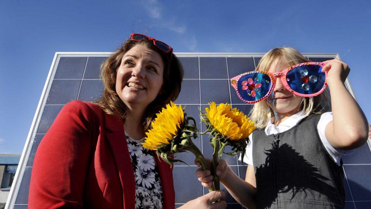 Public Enthusiasm Fuels Community Energy Schemes The Co